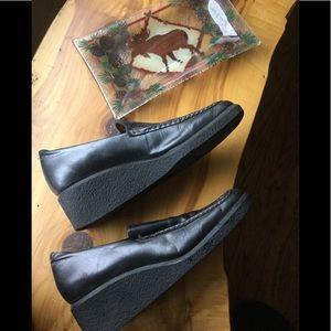 Franco Sarto Charcoal Leather Wedge EUC
